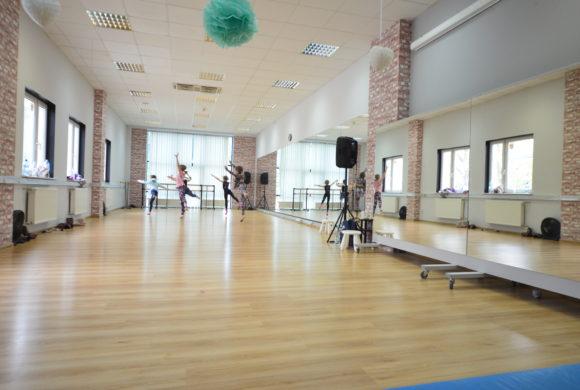 Szkoła tańca – FLOW FACTORY